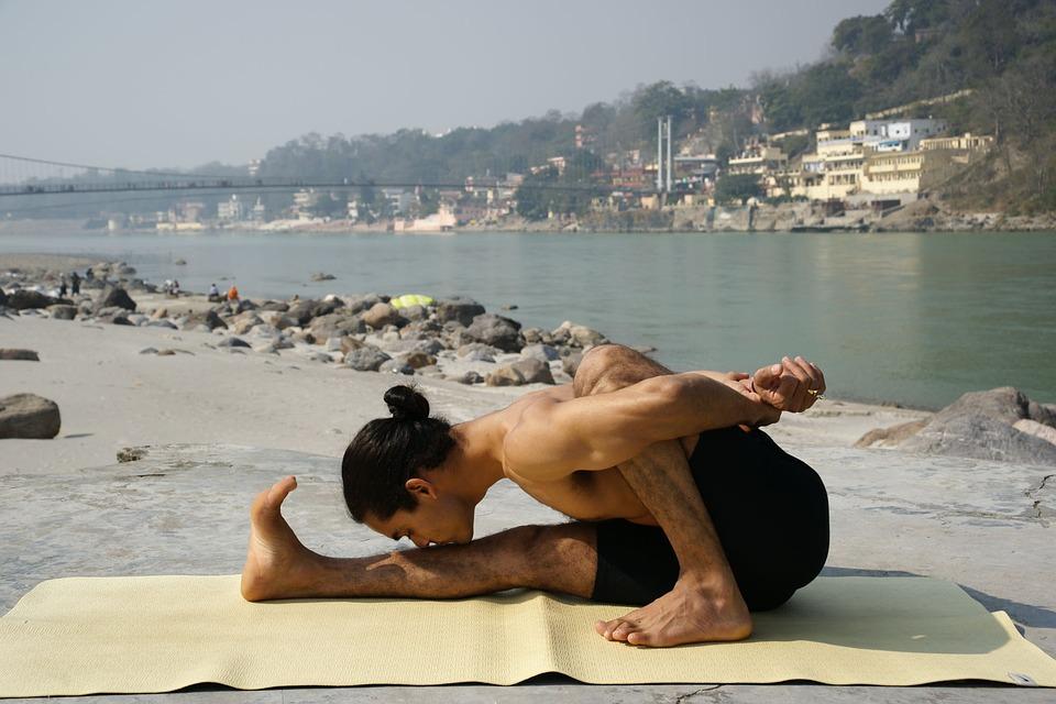Existem diversos ramos do Yoga